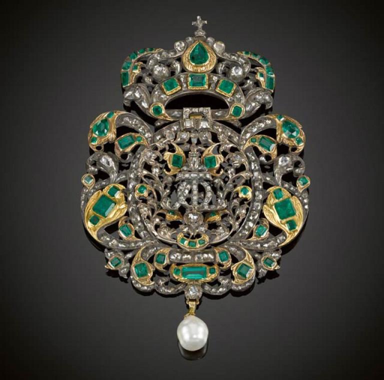 portugal_exhibition_jewells_1