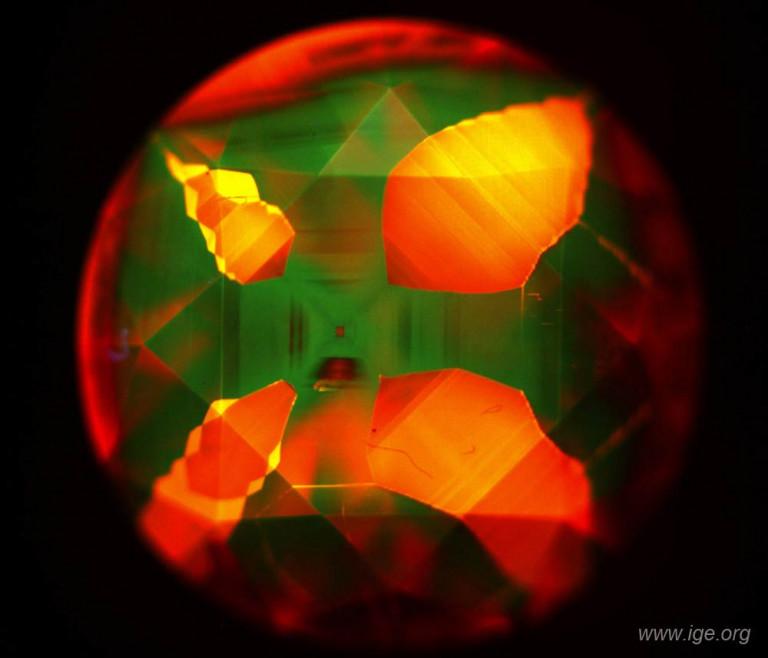 7-diamante-sintetico-hpht-diamondview