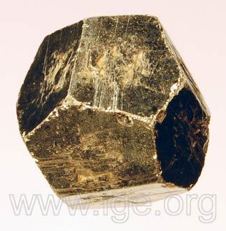 Minerales cristalizados en cúbico