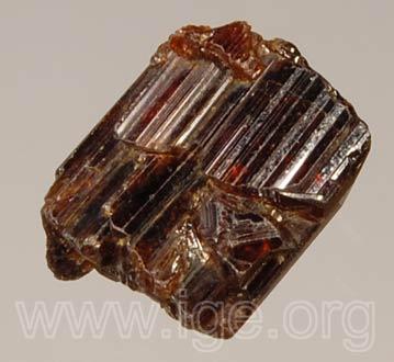 Minerales cristalizados en tetragonal