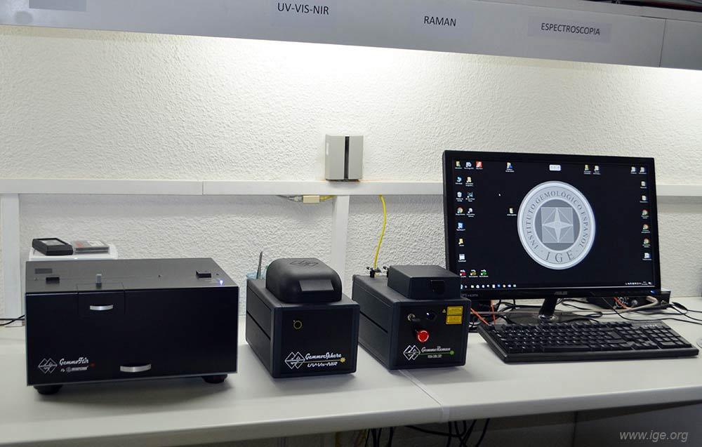 14c-espectrometro-ftir-uv-vis-nir-raman