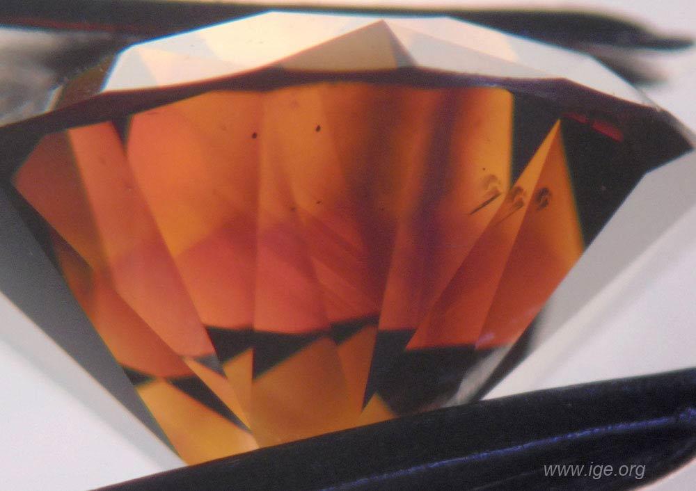 2b-diamante-sintetico-hpht-naranja