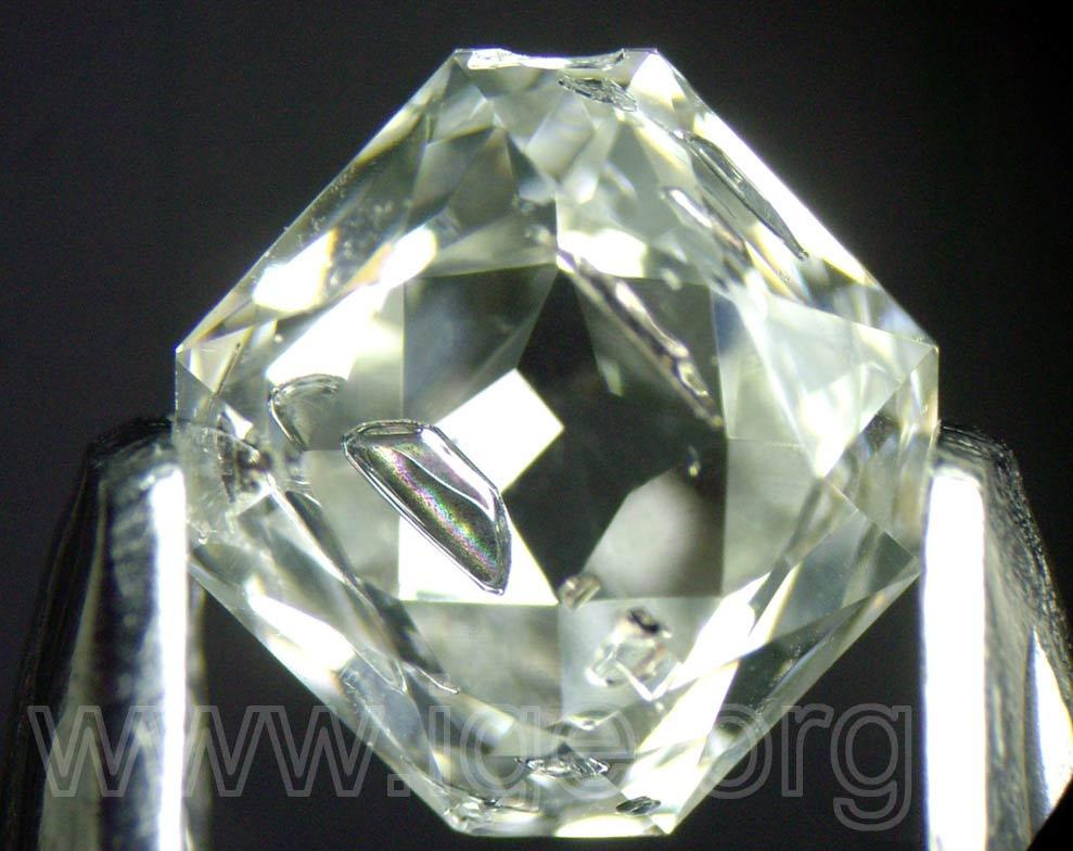 diamante_sintetico_metalica