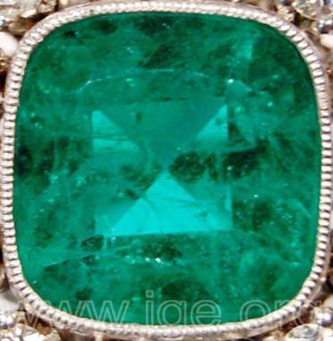 Vidrio imitación de esmeralda