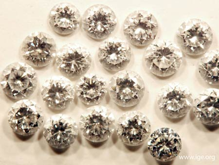 Diamantes sintéticos HPHT